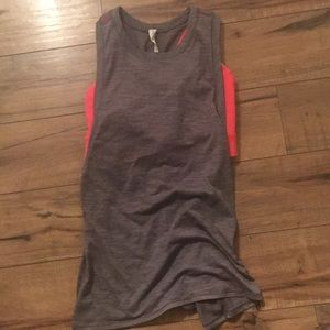 Lululemon tank with back mesh and built in bra